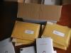 Paquets preparats per a la tramesa del llibre.